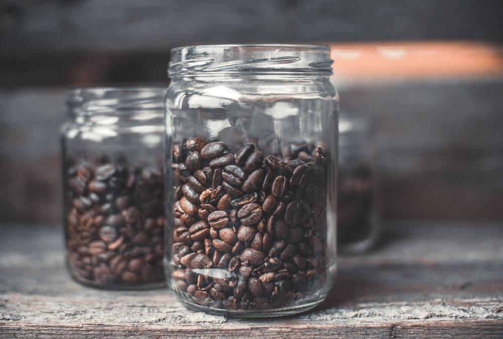 コーヒー豆のかすで消臭剤を作ってみよう