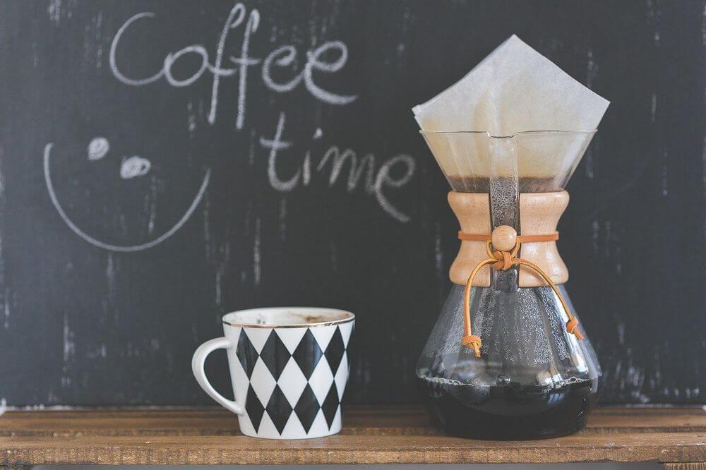 結論:「コーヒーは水分補給にならない」はウソ。