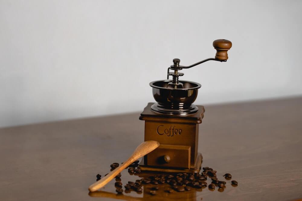 コーヒーミルとはどんな器具?